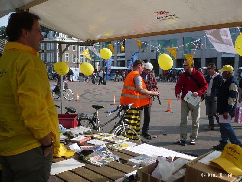 vanuit_de_fietsersbond_kraam.jpg